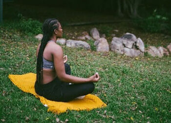 How Less Can Be More for Those Who Meditate